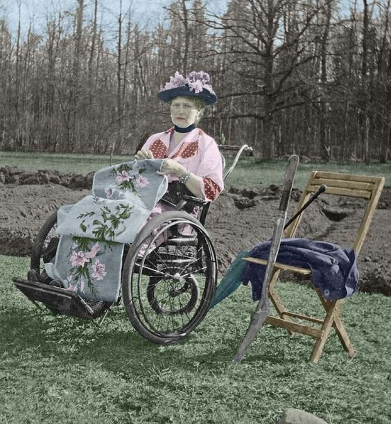 Russian Empress Alexandra Feodorovna in a wheelchair, as she had difficulties in movement in the last years of her life.
